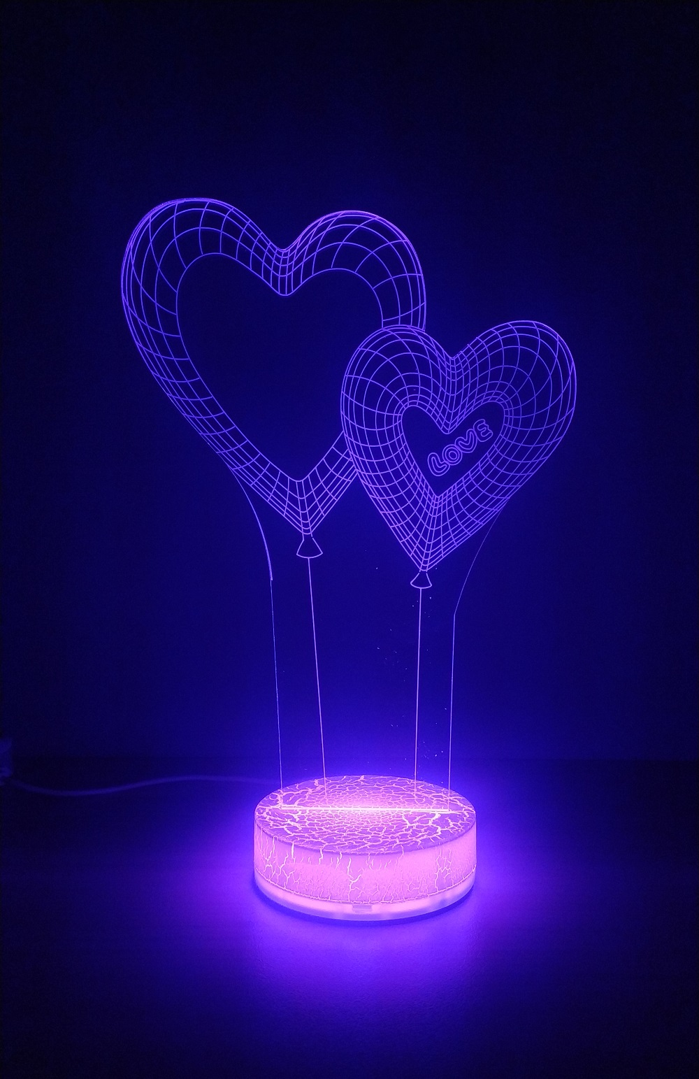 https://delshop.bg/image/catalog/3D%20night%20light/Hearts-6.jpg