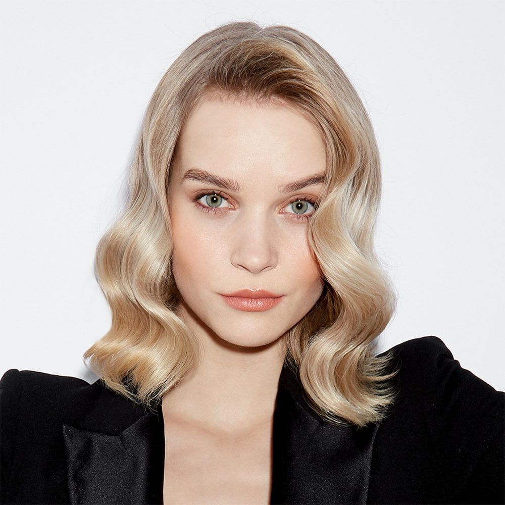 https://delshop.bg/image/catalog/Hairstyling/Curling%20iron/GHD/ghd-curve-soft-curl-tong-8.jpg
